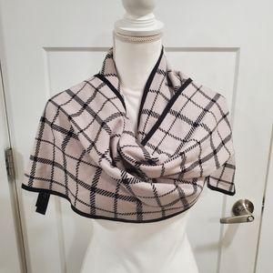 Coach  new york reversible plaid  scarf with leather logo